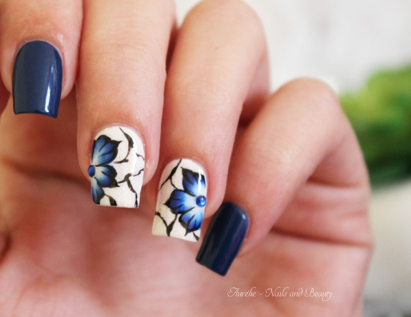 nail-art-fleurs-russes-100eme-4